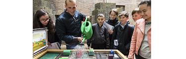 Leerlingen Maerlant-Lyceum ontwerpen klimaatbestendig schoolplein